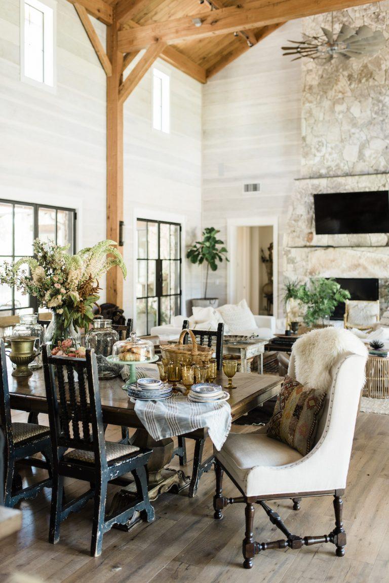 colina país casa gotejamento molas texas sala de jantar design