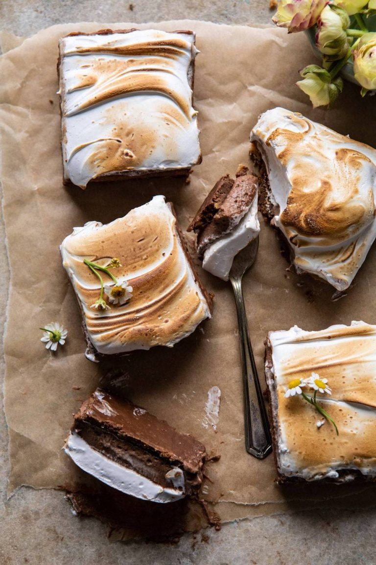 Smores-Chocolate-Mousse-Bars-AMAZING-SMORES-Crunchy-chocolate-ganache-marshmallows-smores-recipe