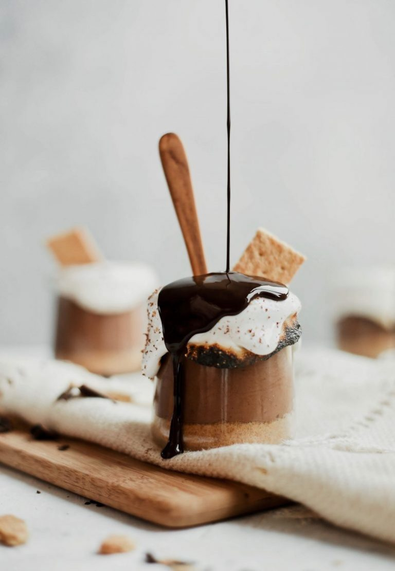 best-smores-recipes-delicious-dessert-chocolate-decadent