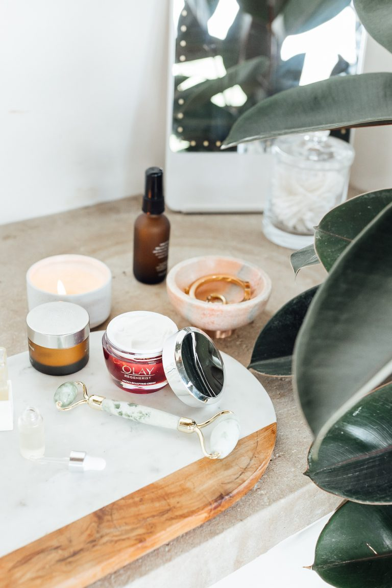 olay regenerist moisturizer with hyaluronic acid, and how to use it