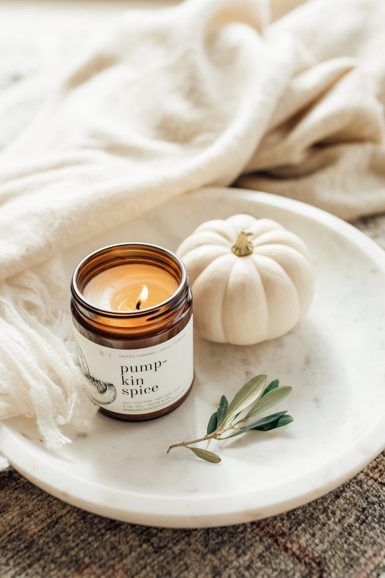 pumpkin spice candle fall vibes