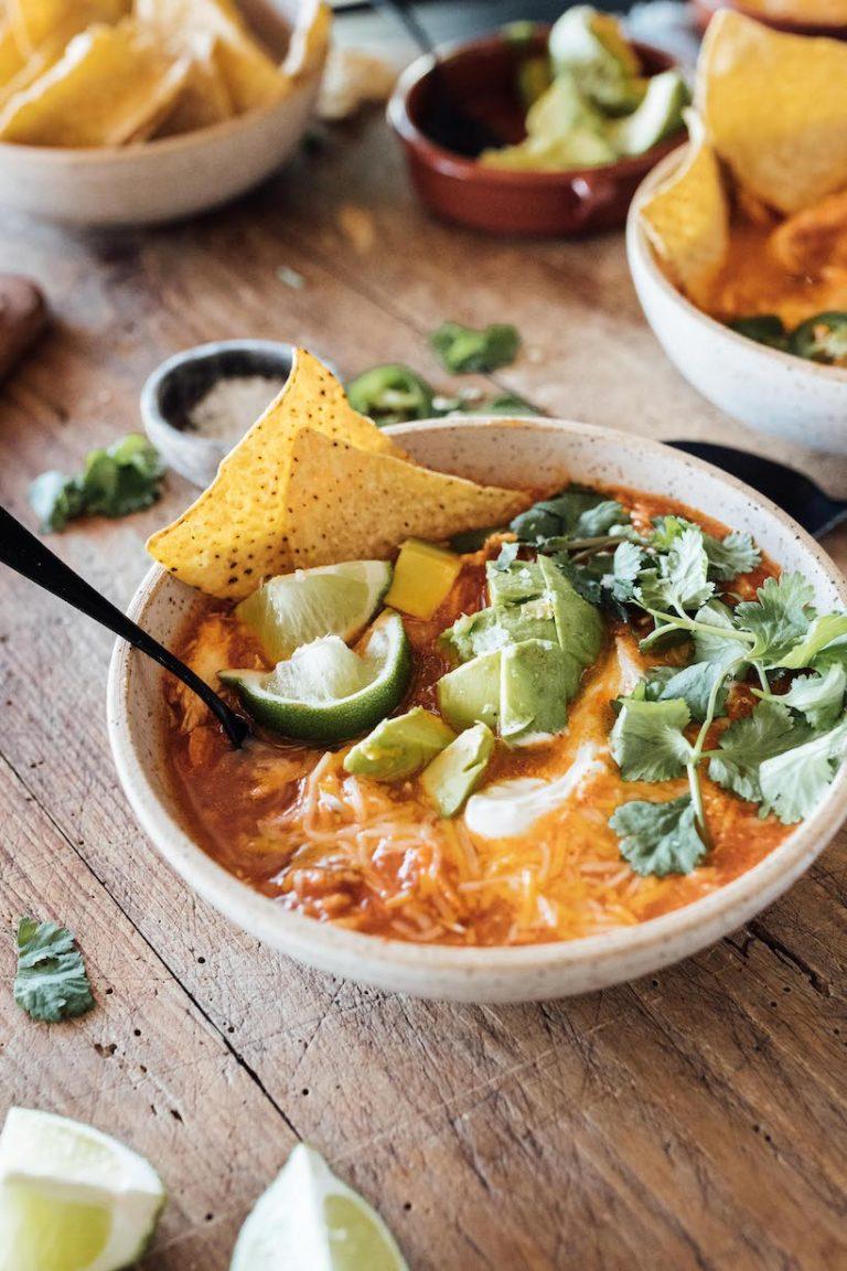 easy chicken tortilla soup recipe