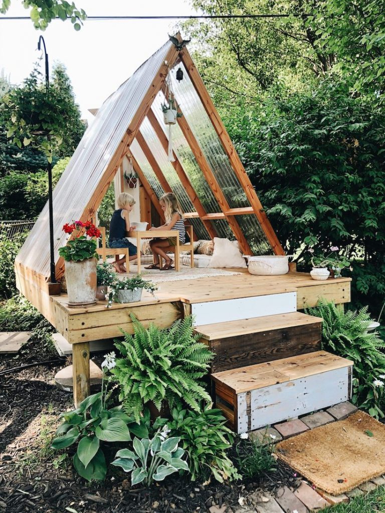bev cooks beautiful DIY backyard playhouse