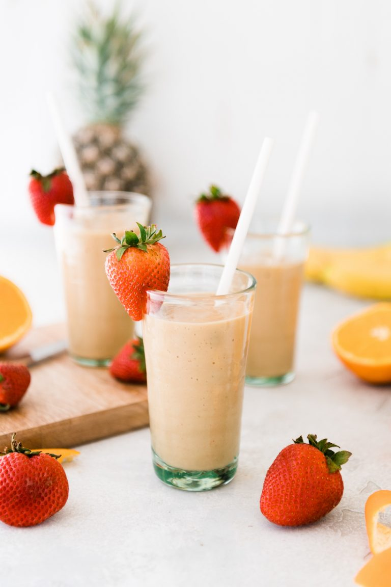A Healthy Tropical Smoothie Recipe That Kids Love Too