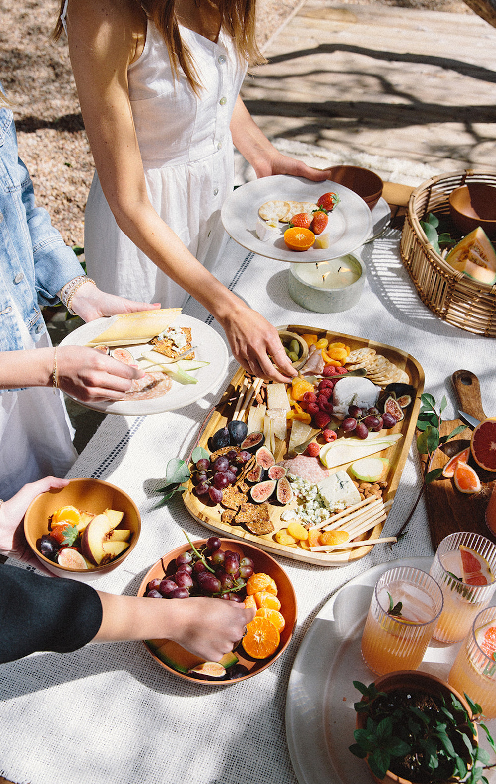 Best Cheese and Charcuterie Board for Spring Picnic - Grazing Table