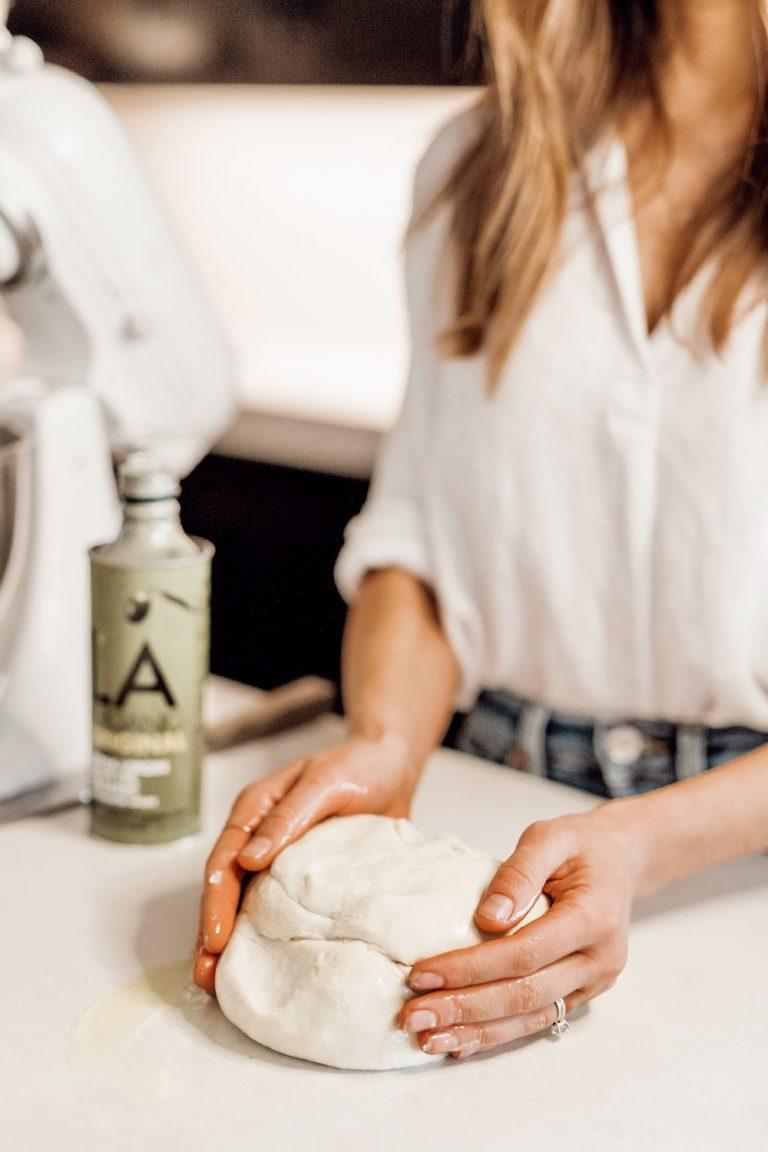 how to make easy homemade pizza dough