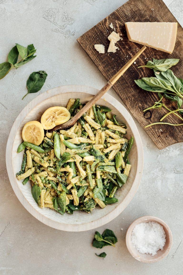 Pesto Pasta Primavera - easy healthy summer one-pot pasta recipe