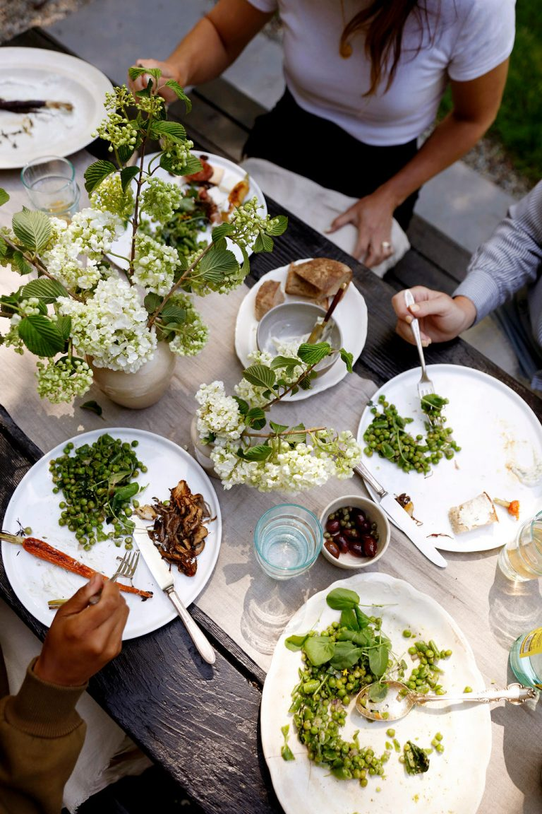 At Home With Kennesha Buycks, Restoration House Blog, outdoor summer dinner party