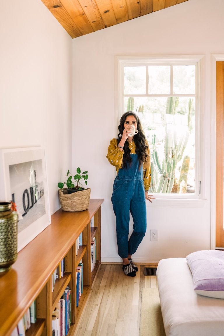Kimberly Snyder's morning routine, meditation, coffee, drink, books