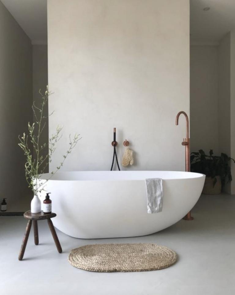 Simple Bathtub with Woven Bathmat