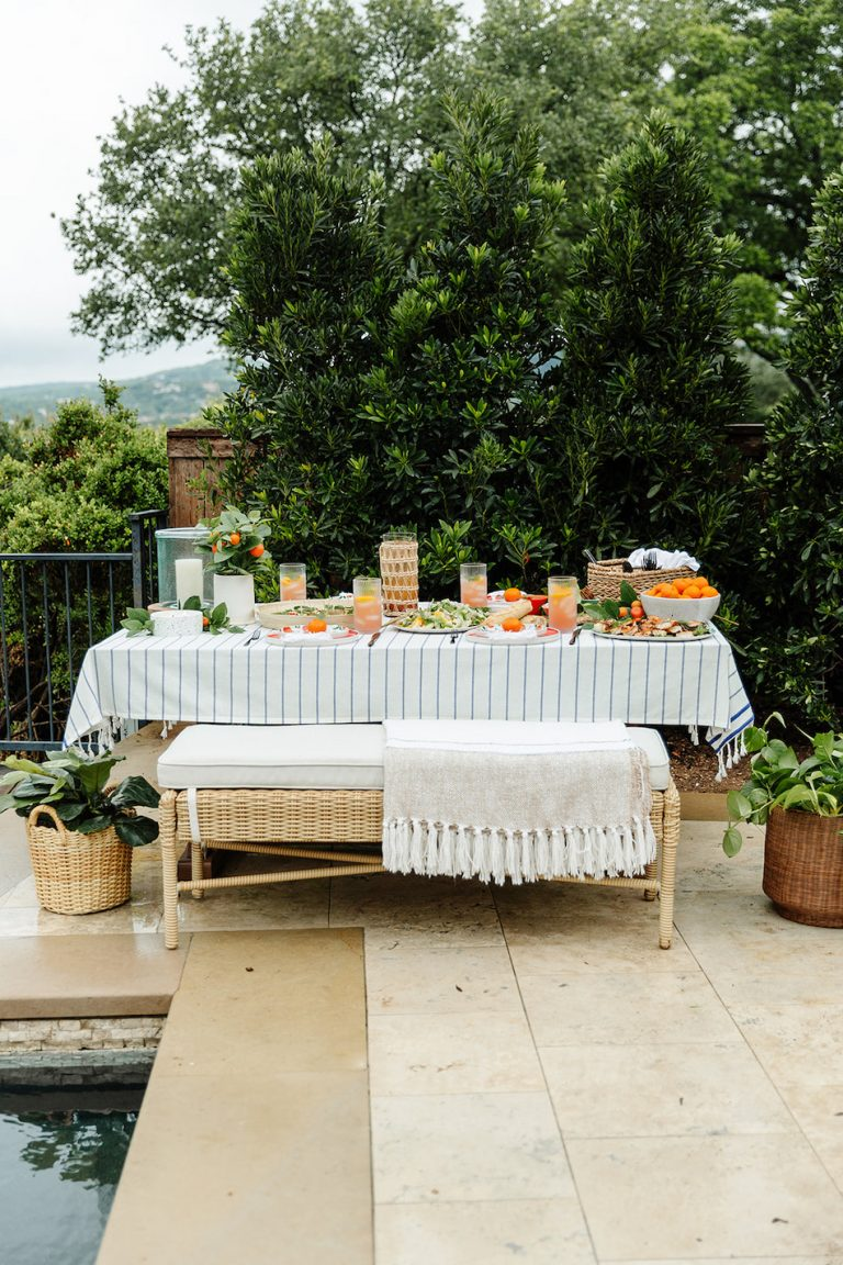 summer tablescape, backyard dinner party with Target, al freso entertaining, outdoor entertaining ideas