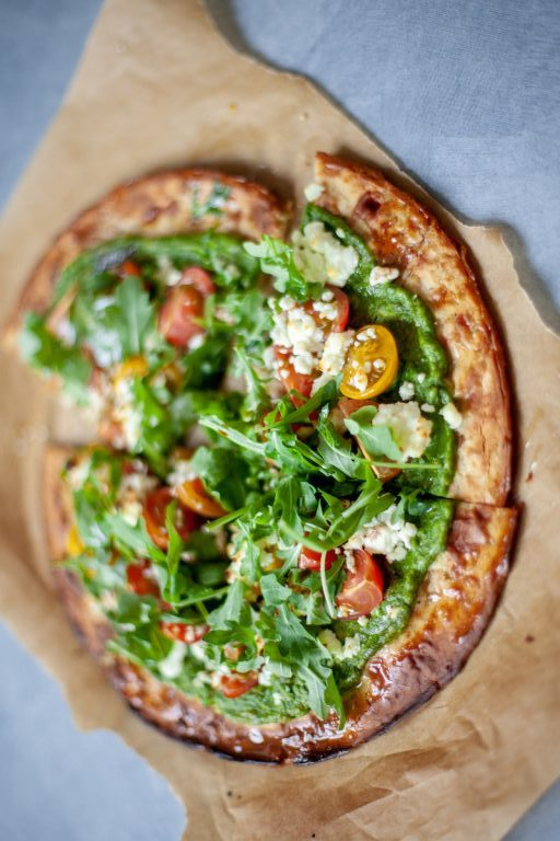 cauliflower crust pizza with pesto
