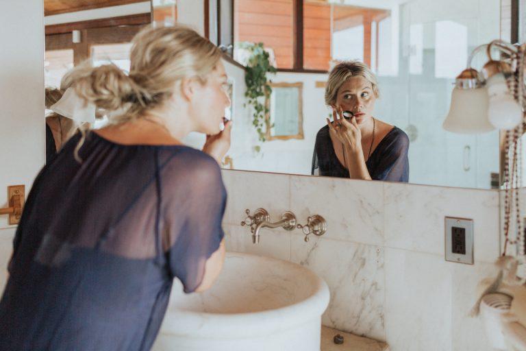 skincare - nitsa citrine - bathroom - best beauty tools