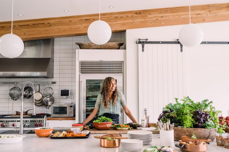 A Backyard Dinner at Home With Helene Henderson of Malibu Farm