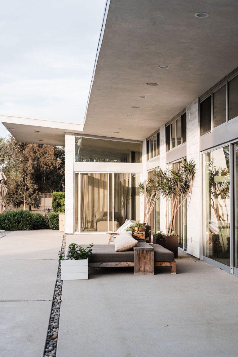 modern farmhouse - helene henderson home designed by architect doug burdge - malibu farm