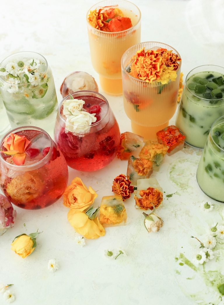 Four ice cube recipes to celebrate summer and enhance your summer drink game
