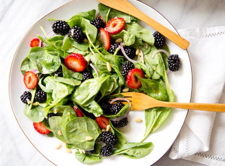 spinach_blackberry_salad_