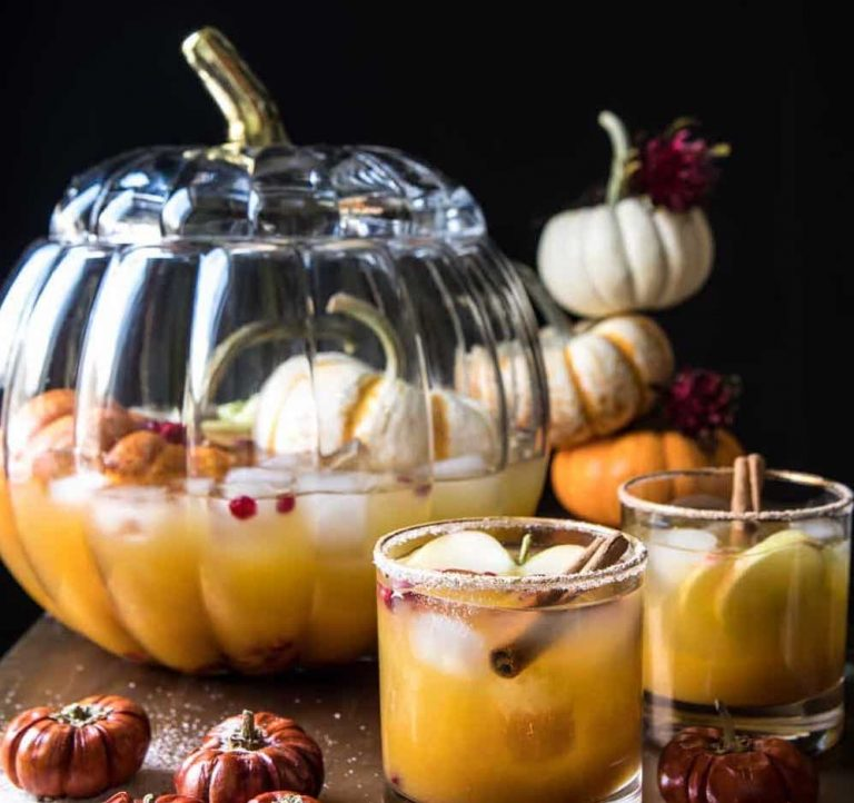 11 Tasty and Spooktastic Halloween Punch Recipes