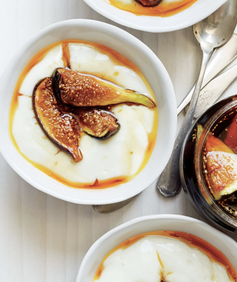 milk pudding with figs