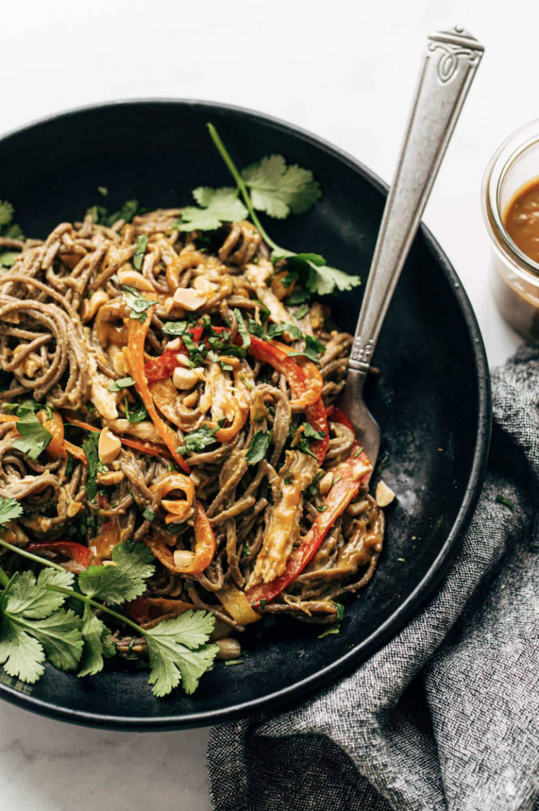 Spicy Peanut Soba Noodle Salad from Pinch of Yum