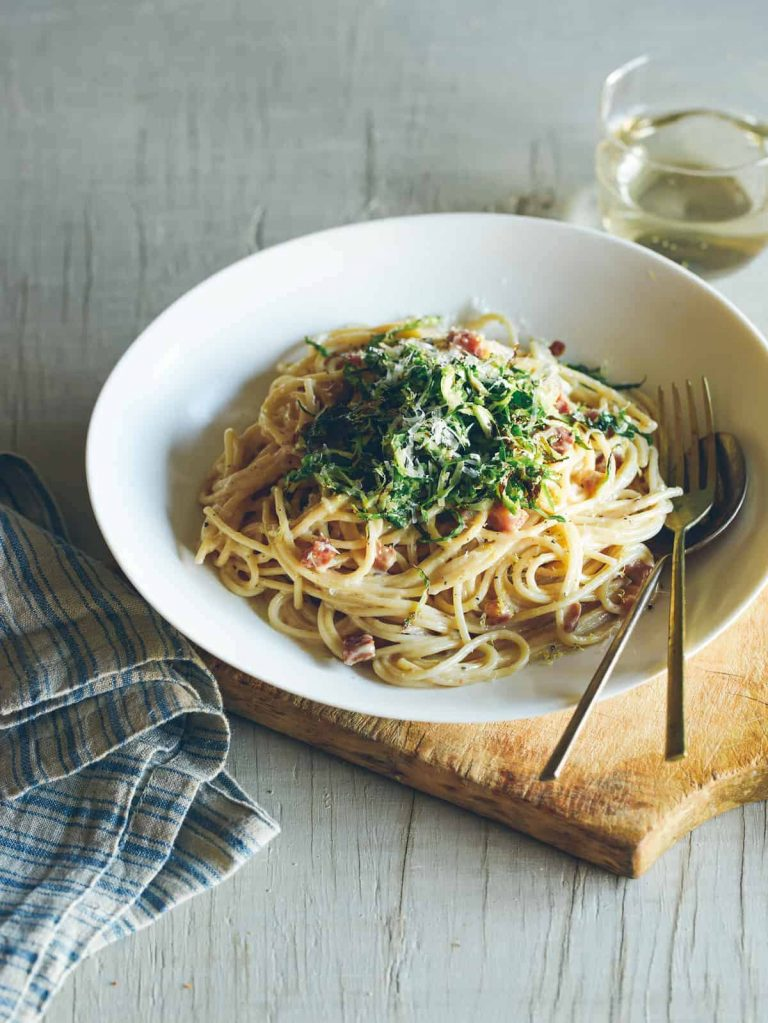 garlic and pancetta spaghetti