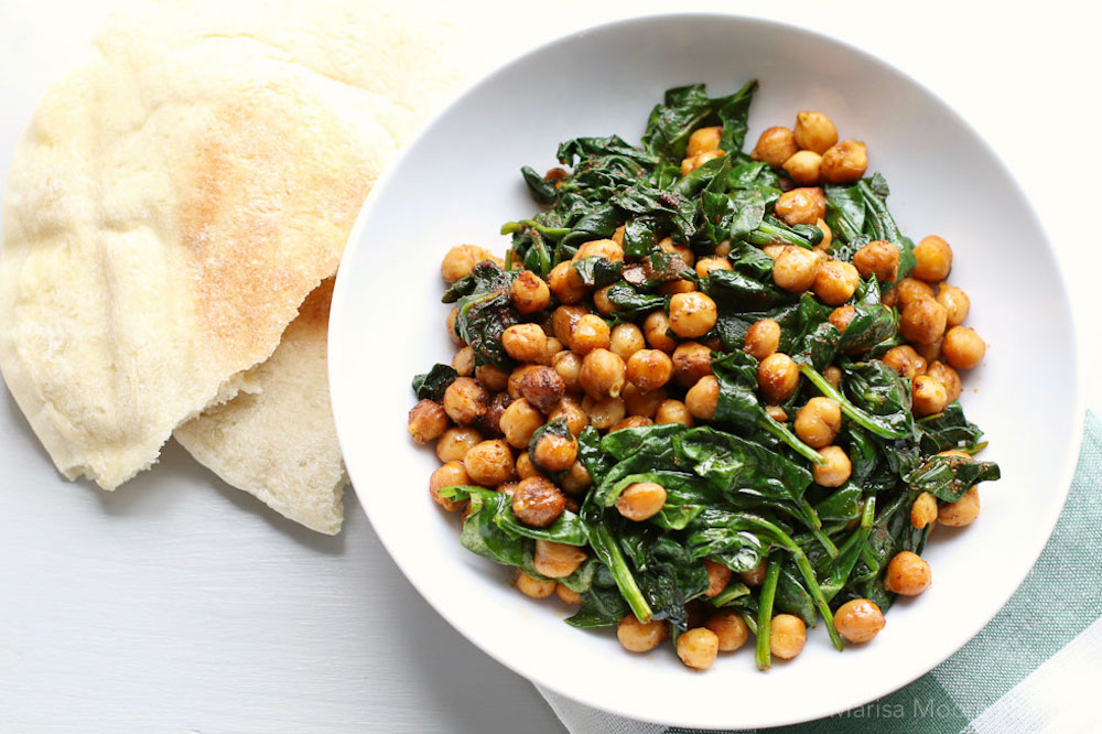 smoky-chickpeas-with-spinach