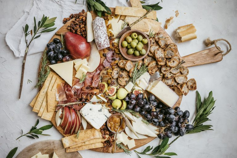 How to Create the Ultimate Fall Charcuterie Board