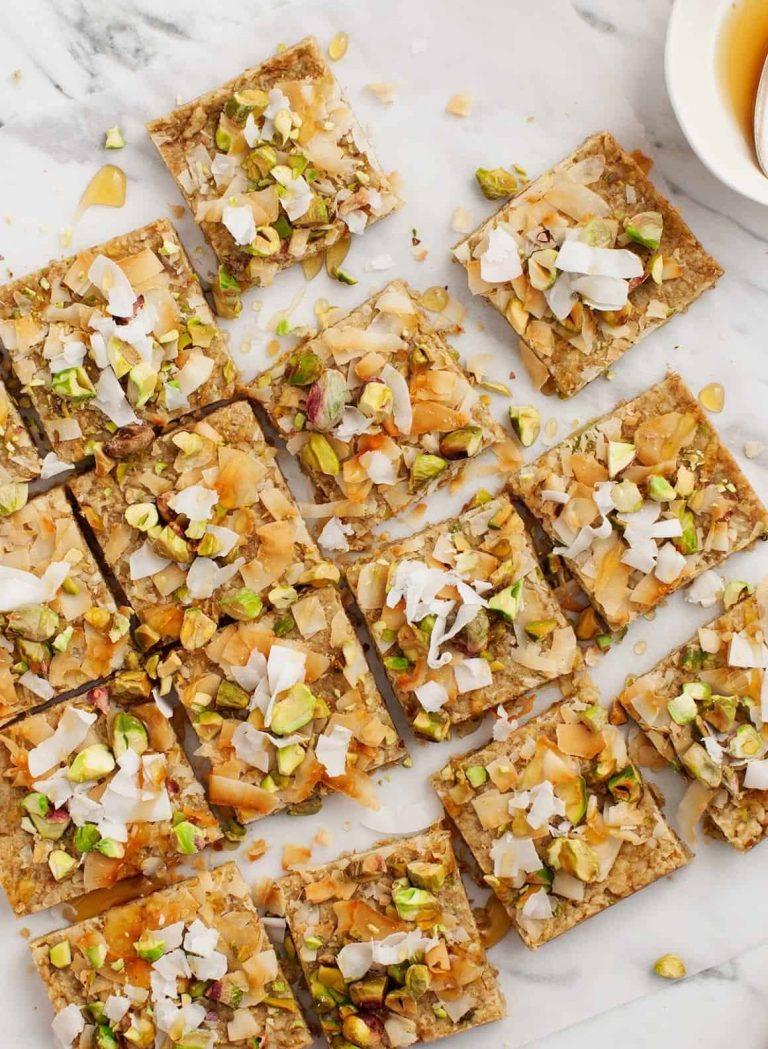 pistachio oat bars