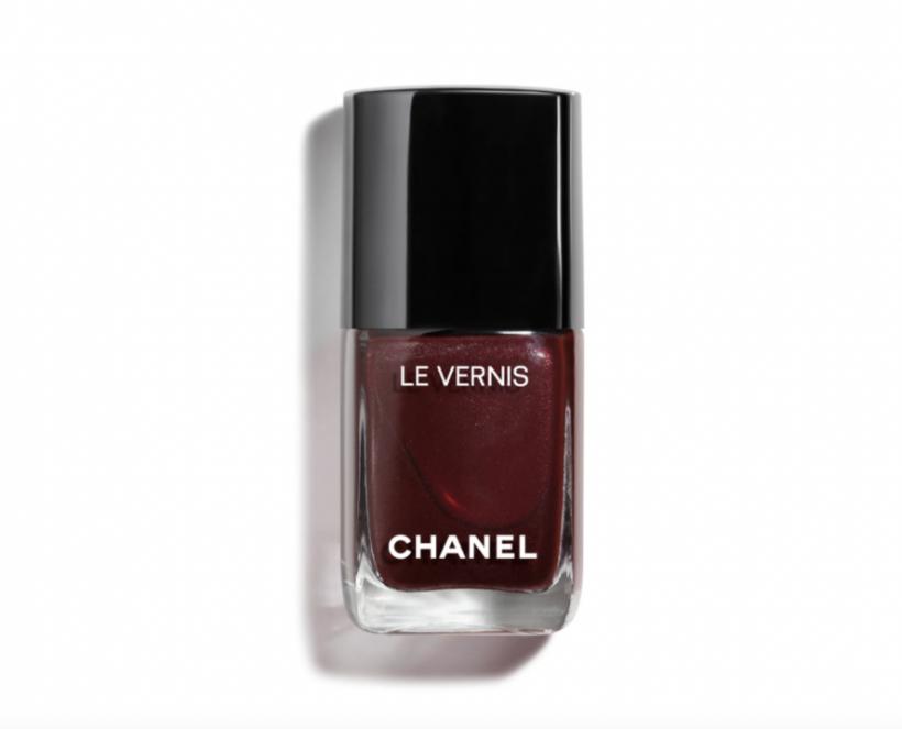 chanel vamp nail colour