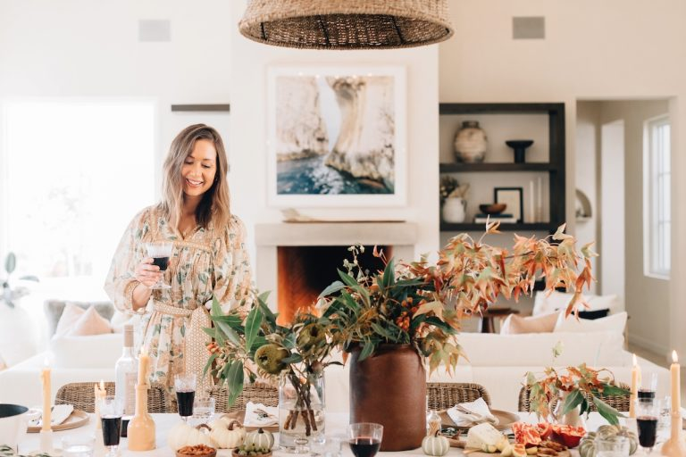 Pumpkins, Leaves, & Earthy Vibes: Here's How I'm Setting This Year's Thanksgiving Table